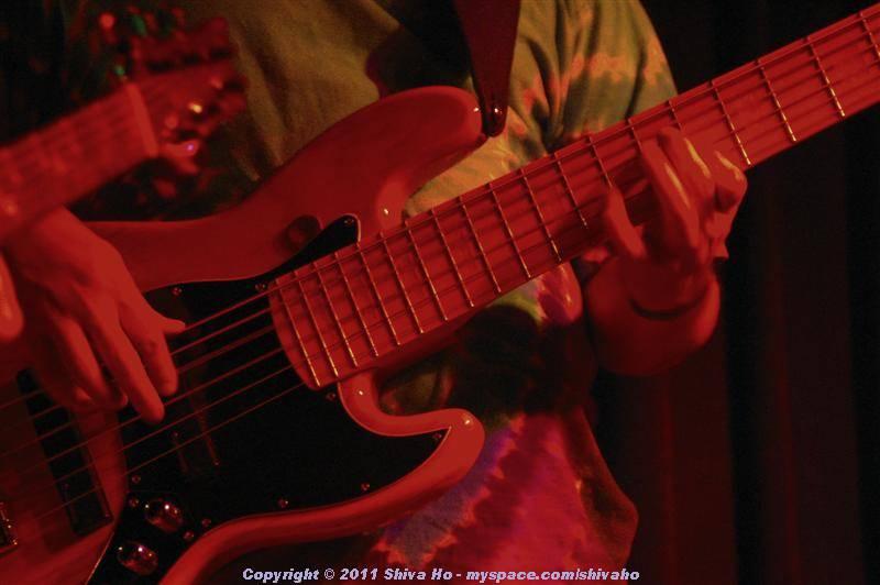 fndb2011-11-02n-093Medium.JPG
